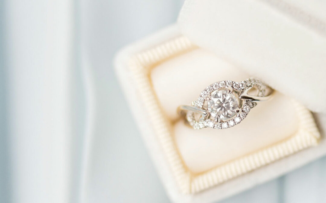 What are CVD conflict free diamonds?